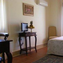 Отель Sindhura Испания, Вехер-де-ла-Фронтера - отзывы, цены и фото номеров - забронировать отель Sindhura онлайн удобства в номере фото 2
