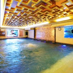 Royal Mediterranean Hotel бассейн