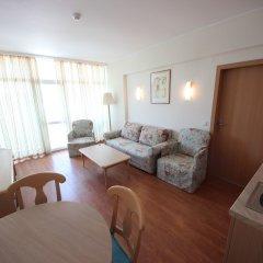 Отель Menada Oasis Resort Apartments Болгария, Солнечный берег - отзывы, цены и фото номеров - забронировать отель Menada Oasis Resort Apartments онлайн комната для гостей фото 4