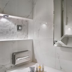 Отель Villa Saint-Honoré Франция, Париж - отзывы, цены и фото номеров - забронировать отель Villa Saint-Honoré онлайн ванная фото 2