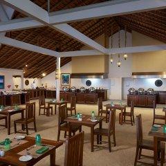 Отель Ellaidhoo Maldives by Cinnamon гостиничный бар