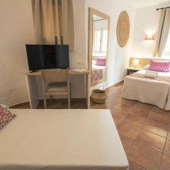 Отель AzuLine Club Cala Martina Ibiza - All Inclusive комната для гостей фото 5