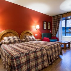 Gran Chalet Hotel & Petit Spa комната для гостей фото 3