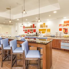 Отель Hampton Inn & Suites by Hilton Los Cabos питание фото 3