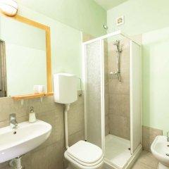 Отель La Volpina Room and Breakfast Италия, Римини - отзывы, цены и фото номеров - забронировать отель La Volpina Room and Breakfast онлайн ванная