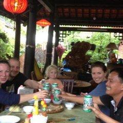 Отель Viet House Homestay Вьетнам, Хойан - отзывы, цены и фото номеров - забронировать отель Viet House Homestay онлайн питание