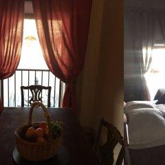 Отель B&B I Rinascimenti Италия, Флоренция - отзывы, цены и фото номеров - забронировать отель B&B I Rinascimenti онлайн комната для гостей фото 2