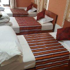 Отель BnB Royal Tourist House Непал, Катманду - отзывы, цены и фото номеров - забронировать отель BnB Royal Tourist House онлайн балкон