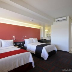 Отель Holiday Inn Dali Airport Мехико комната для гостей фото 3