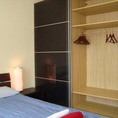 Отель Bermuda Triangle B&B Германия, Кёльн - отзывы, цены и фото номеров - забронировать отель Bermuda Triangle B&B онлайн сейф в номере