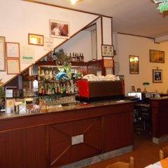 Отель Pensione Delfino Azzurro Лорето гостиничный бар