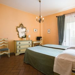 Отель La Cisterna Италия, Сан-Джиминьяно - 1 отзыв об отеле, цены и фото номеров - забронировать отель La Cisterna онлайн комната для гостей фото 3