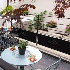 Отель Hôtel des 3 Poussins Франция, Париж - 3 отзыва об отеле, цены и фото номеров - забронировать отель Hôtel des 3 Poussins онлайн фото 2