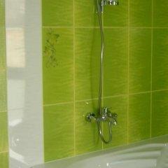 Отель Design Guest House Harizma Болгария, Сливен - отзывы, цены и фото номеров - забронировать отель Design Guest House Harizma онлайн ванная фото 2