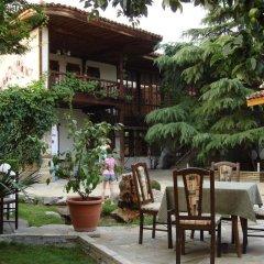 Отель Chakarova Guest House Болгария, Сливен - отзывы, цены и фото номеров - забронировать отель Chakarova Guest House онлайн питание фото 2