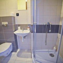 Отель Airport Motel GDN ванная фото 2