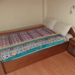 Отель Seven Steps Guest House Непал, Лумбини - отзывы, цены и фото номеров - забронировать отель Seven Steps Guest House онлайн комната для гостей фото 3
