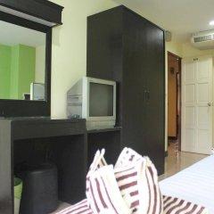 Отель Rayaan Guest House Phuket удобства в номере