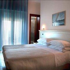 Hotel Zeus Римини комната для гостей