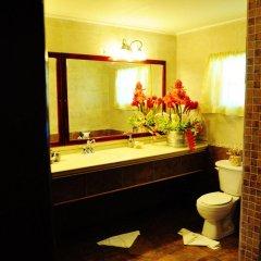 Отель Beachcombers Hotel Сент-Винсент и Гренадины, Остров Бекия - отзывы, цены и фото номеров - забронировать отель Beachcombers Hotel онлайн ванная