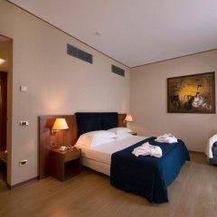 Отель CDH Hotel Parma & Congressi Италия, Парма - отзывы, цены и фото номеров - забронировать отель CDH Hotel Parma & Congressi онлайн сейф в номере