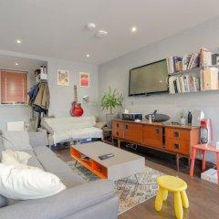 Отель Modern 1 Bedroom Apartment in Central Location Великобритания, Лондон - отзывы, цены и фото номеров - забронировать отель Modern 1 Bedroom Apartment in Central Location онлайн питание фото 2