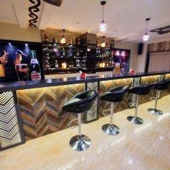 Отель Treebo Trend Blueberry Inn Индия, Райпур - отзывы, цены и фото номеров - забронировать отель Treebo Trend Blueberry Inn онлайн гостиничный бар