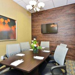Отель Hampton Inn & Suites Columbia/Southeast-Fort Jackson фото 2