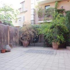 Отель Tiberina Apartment Италия, Рим - отзывы, цены и фото номеров - забронировать отель Tiberina Apartment онлайн парковка