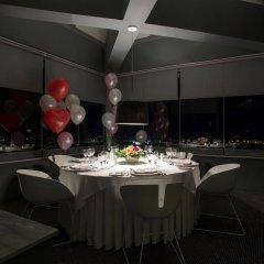 Отель The Majestic Hotel Греция, Остров Санторини - отзывы, цены и фото номеров - забронировать отель The Majestic Hotel онлайн помещение для мероприятий