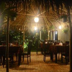 Отель Hoi An Red Frangipani Villa питание фото 3