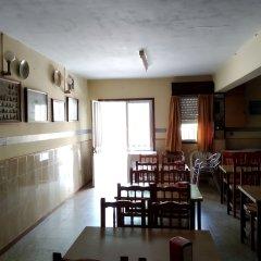 Отель Hostal El Viejo Galeón Испания, Байона - отзывы, цены и фото номеров - забронировать отель Hostal El Viejo Galeón онлайн питание