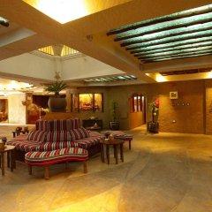 Отель Al Liwan Suites интерьер отеля фото 3