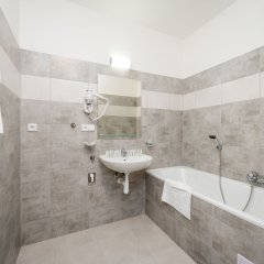 Апартаменты EMPIRENT Petrin Park Apartments Прага ванная фото 2