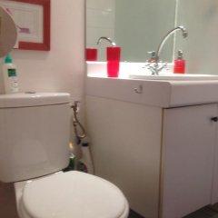 Отель Bed And Breakfast Tour Montparnasse ванная фото 2