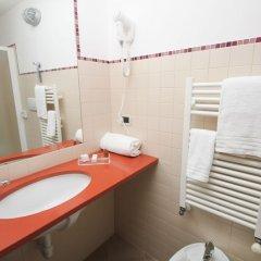Отель Urbani Италия, Турин - 1 отзыв об отеле, цены и фото номеров - забронировать отель Urbani онлайн ванная фото 2
