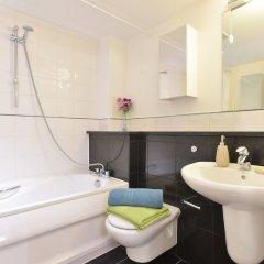 Апартаменты Glorious City Apartments ванная