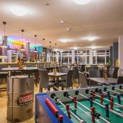 Отель a&o Nürnberg Hauptbahnhof гостиничный бар