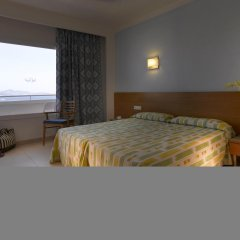 Ushuaia Ibiza Beach Hotel - Adults Only комната для гостей