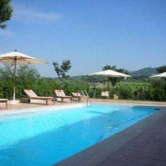 Отель Tenuta Di Pietra Porzia бассейн