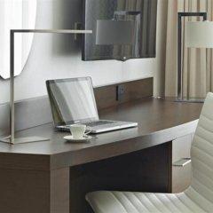 Отель Hyatt Place Dubai Baniyas Square удобства в номере фото 2