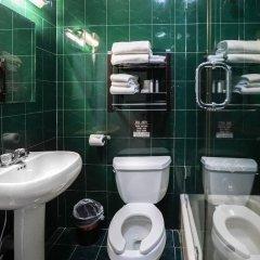 Отель Midtown West Hotel США, Нью-Йорк - отзывы, цены и фото номеров - забронировать отель Midtown West Hotel онлайн ванная