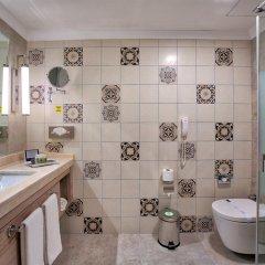 Pirates Beach Club Турция, Кемер - отзывы, цены и фото номеров - забронировать отель Pirates Beach Club онлайн ванная