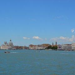 Отель Casa Favaretto Италия, Венеция - 1 отзыв об отеле, цены и фото номеров - забронировать отель Casa Favaretto онлайн пляж фото 2
