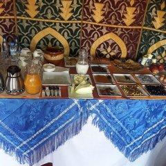 Отель Bivouac Le Ciel Bleu Марокко, Мерзуга - отзывы, цены и фото номеров - забронировать отель Bivouac Le Ciel Bleu онлайн питание фото 2