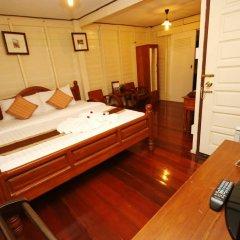 Отель Bangphlat Resort Бангкок комната для гостей фото 2