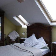 Отель Les Bluets Бельгия, Брюссель - отзывы, цены и фото номеров - забронировать отель Les Bluets онлайн комната для гостей фото 3
