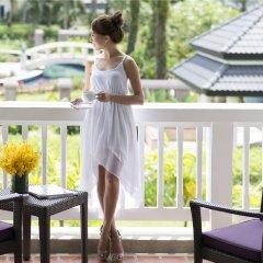 Отель Angsana Laguna Phuket Таиланд, Пхукет - 7 отзывов об отеле, цены и фото номеров - забронировать отель Angsana Laguna Phuket онлайн балкон