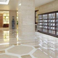 Отель Holiday Inn Guangzhou Shifu интерьер отеля