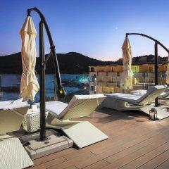 Boutique Hotel H10 Blue Mar - Только для взрослых бассейн